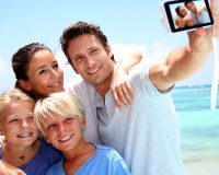 How to Holiday with the Family and Enjoy it